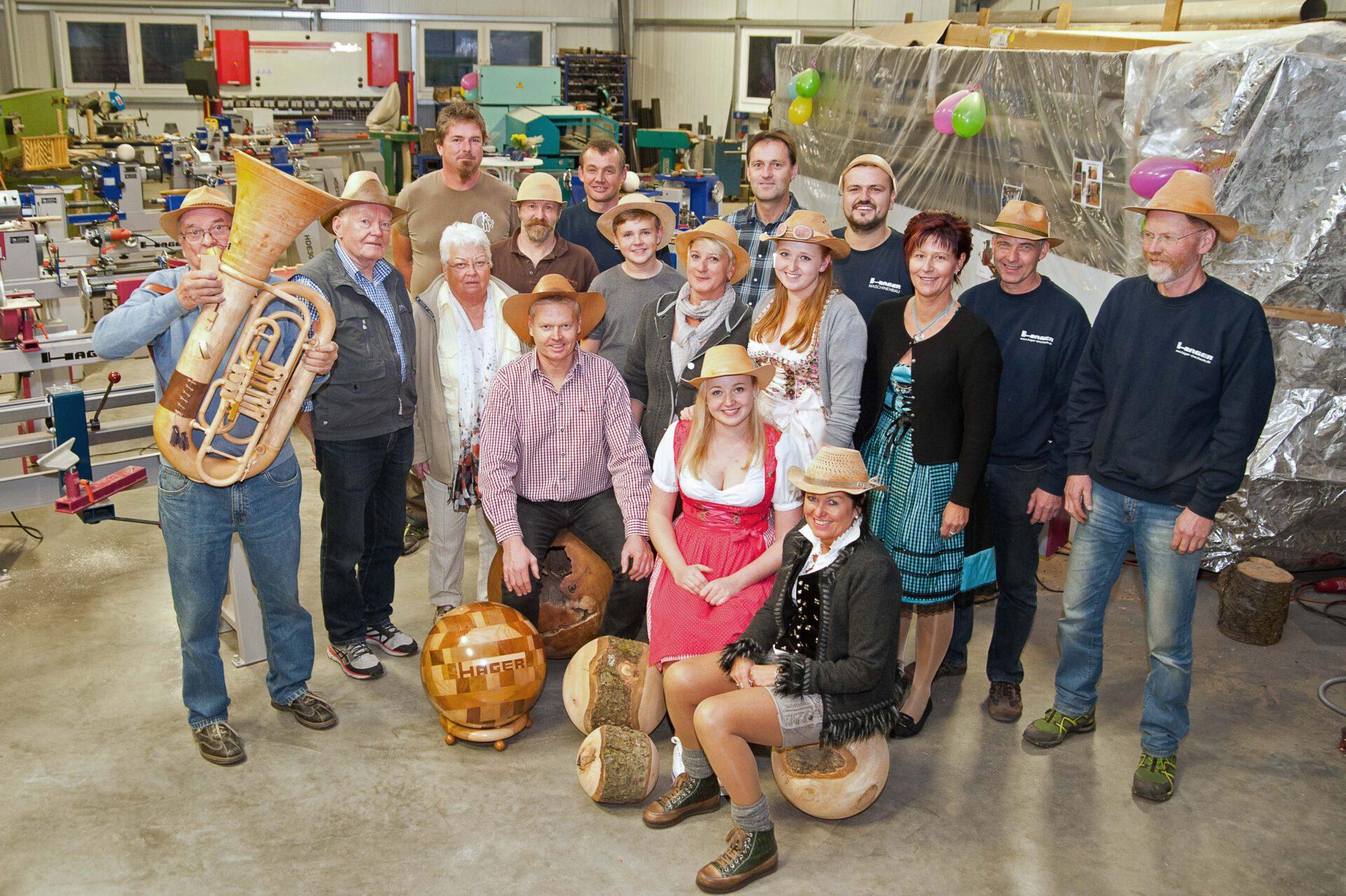 Messeteam Hager-Hausmesse 2016 Mit Holzhut